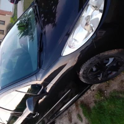 Peugeot 207 - thumb