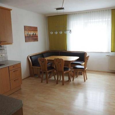 108m² helle Wohnung + 22m² Garconniere - thumb