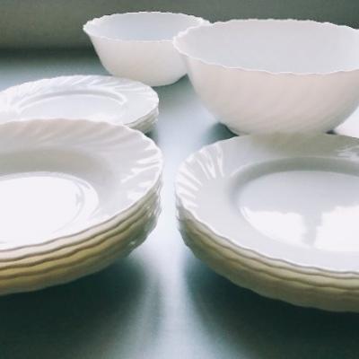 19-teiliges Tafelservice Set in weiß, rund - thumb