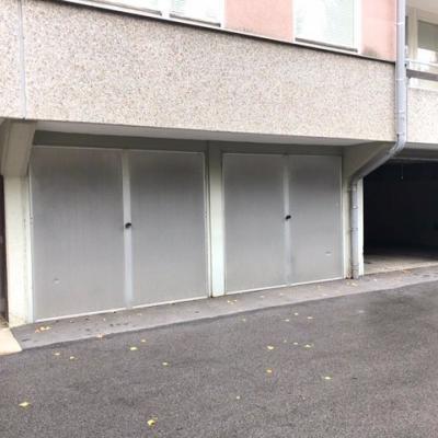 Garage in Baden b. Wien, naehe Strandbad - thumb