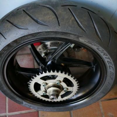 PVM Schmiedefelgen für die Honda SC59 ohne ABS - thumb