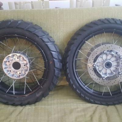 BMW Satz Felgen Speichenfelgen Spoke Wheel R1200GS - thumb