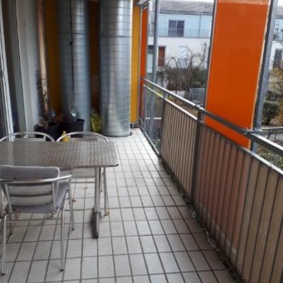 Biete 18m2-Zimmer in Wohngemeinschaft - thumb