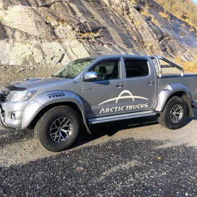 Toyota HiLux AT 35 2015, 78 000 km - thumb