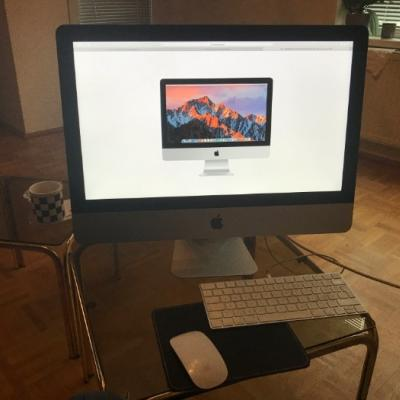 iMac 21,5 Zoll Late 2015 - thumb