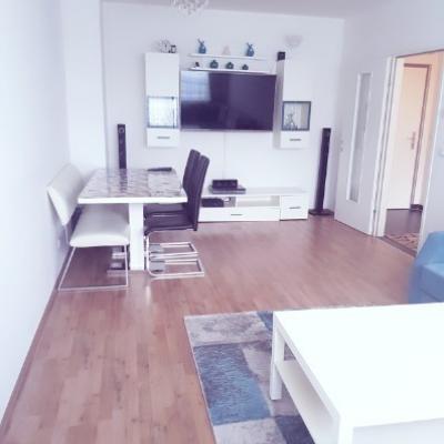 3 Zimmer Wohnung mit großem Balkon in Wr. Neustadt - thumb