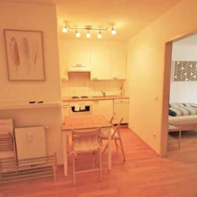 Möblierte 2-Zimmer-Wohnung in Zentrumslage - thumb