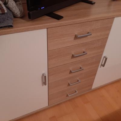 Diverse Möbelstücke zu verschenken - thumb