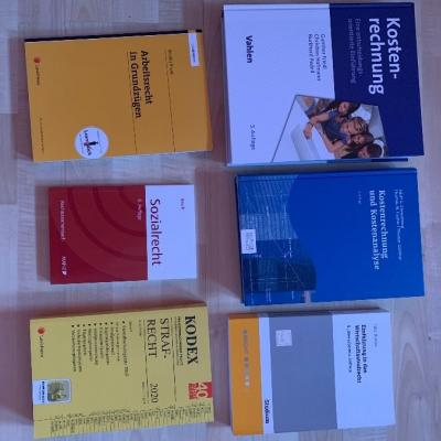 Verschiedene Bücher für BWL - thumb