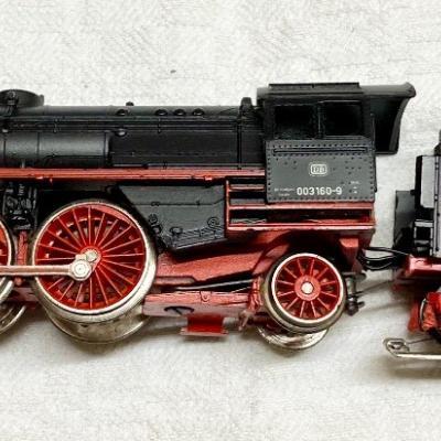 Maerklin Dampflokomotive mit Tender und Rauchentwickler - thumb