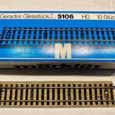 Maerklin Geleise - gebettete Metallgeleise - thumb