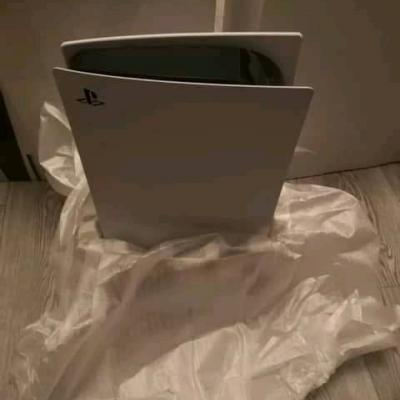 PlayStation 5 disc version - thumb