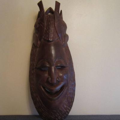 Afrikanische Holzschnitzkunst - Wandmaske - Holz - schwer - massiv - thumb
