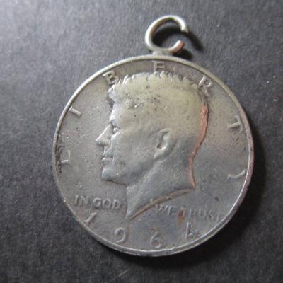 Half Dollar Münze mit Öse - Kennedy - 1964 - Silber - Vereinigte Staat - thumb