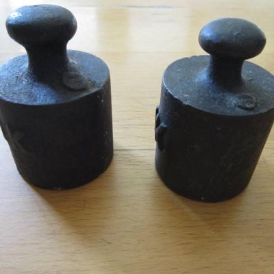 2 Stück alte 1Kg Gewichte - Eisen - für Waage - Vintage - thumb