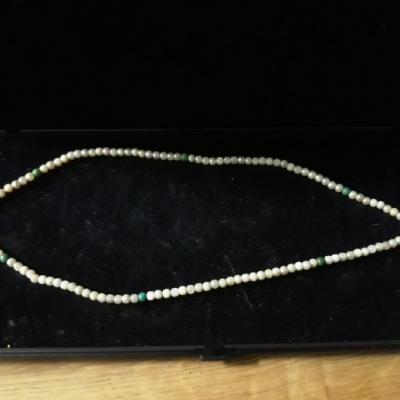 wunderschöne Perlenhalskette mit Herz - thumb