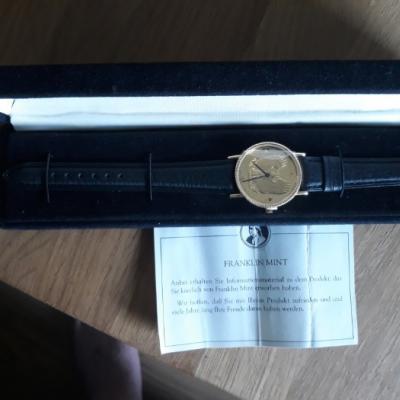 Neue Uhr Ziffernblatt ist ein golden Eagle Sammler - thumb
