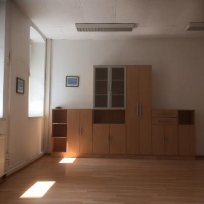 162 m2 Büro- und Geschäftslokal zu vermieten - thumb
