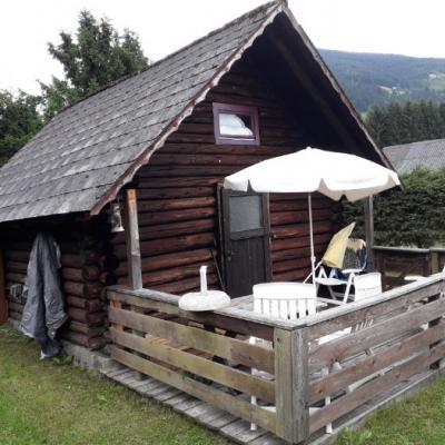 Blockhütte am See mit Fischereirecht - thumb