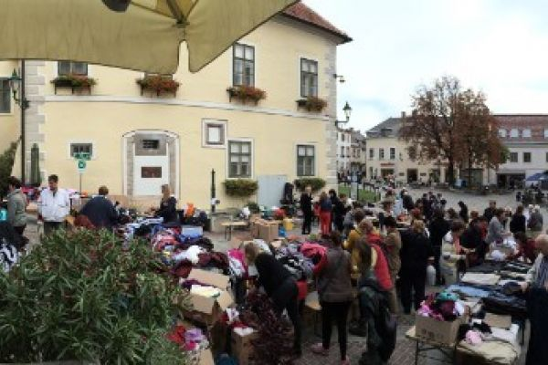 16. Mödlinger Charity-Flohmarkt