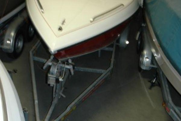 Hallenstellplatz für Wohnmobil, Boot, Oldtimer