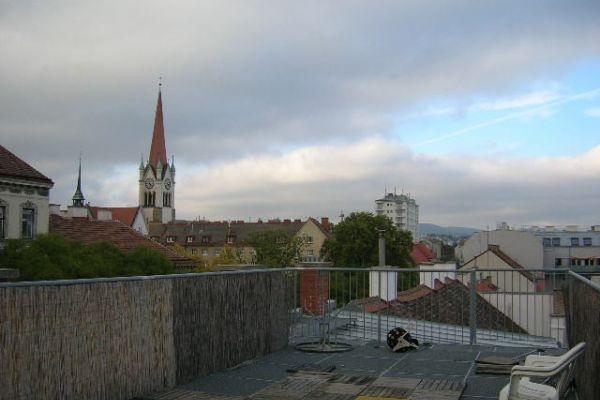 Dachterrassenwohnung U3-Nähe tolle Infrastruktur