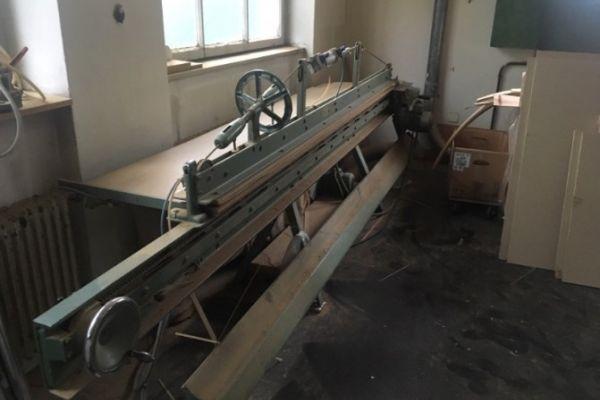 Holzwerkstatt-Maschinen nur für Privatgebrauch