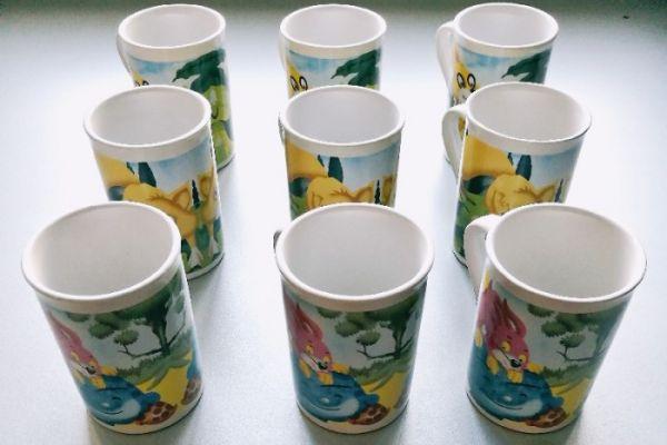 9-teiliges Teetassen Set mit Motiven