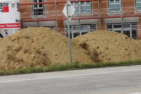 Sand und Schotter