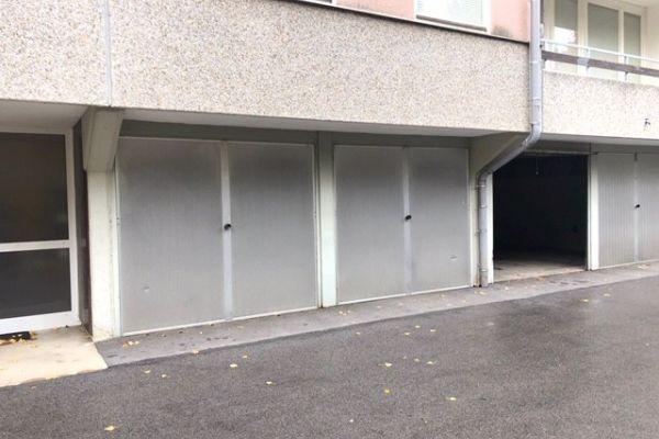 Garage in Baden b. Wien, naehe Strandbad