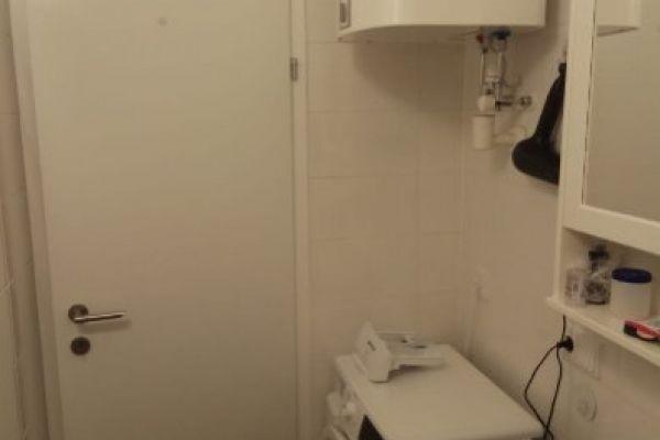 möbliertes Zimmer in einer Wohngemeinschaft in Gar