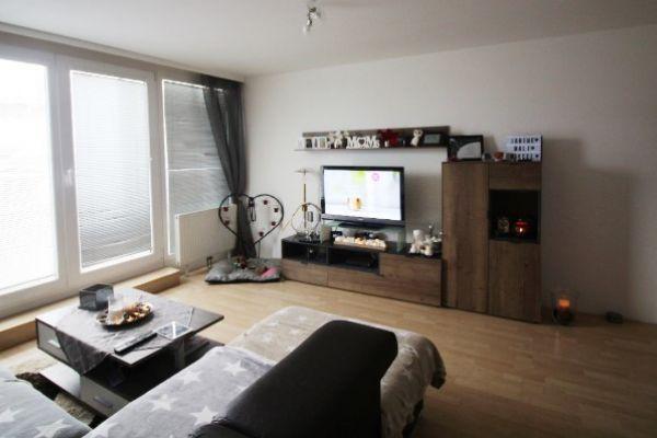 Wunderschöne Dachgeschoss Wohnung mit großer Terra