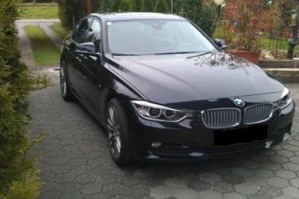 BMW 318d F30 Saphierschwarz- Metallic