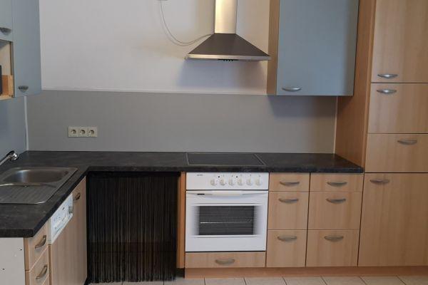 Küche nur bis Jänner verfügbar