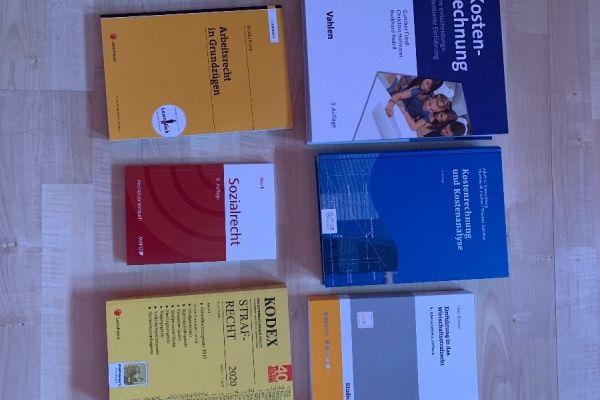 Verschiedene Bücher für BWL