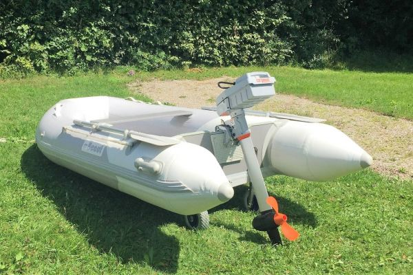 Schlauchboot Beaut TZ300 AL mit Slipräder (ohne Motor)