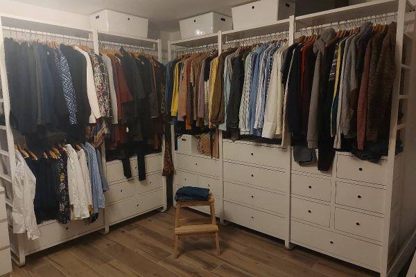 Begehbarer Kleiderschrank/ Kleiderschrank/ Ankleideraum