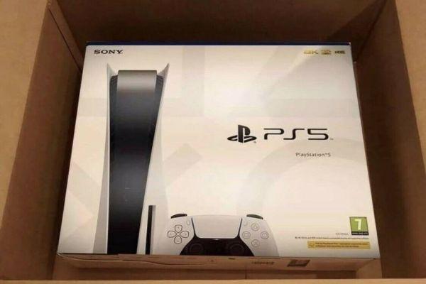 neue schwarze Sony Playstion 5 - 825GB