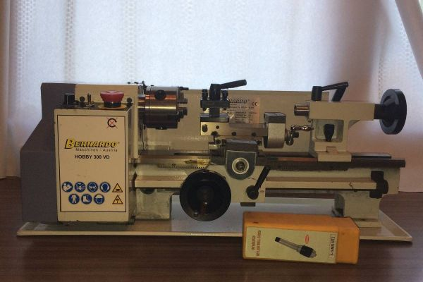 Tischdrehmaschine Hobby 300VD Firma Bernado