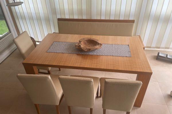 Esstisch mit Bank und 4 Stühlen / echt Leder!!