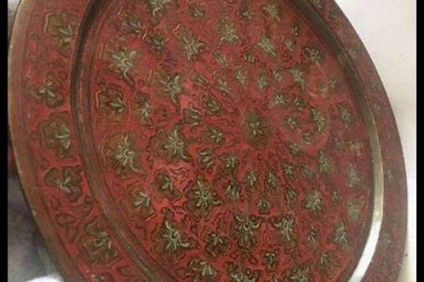Servierteller aus Kupfer aus Indien