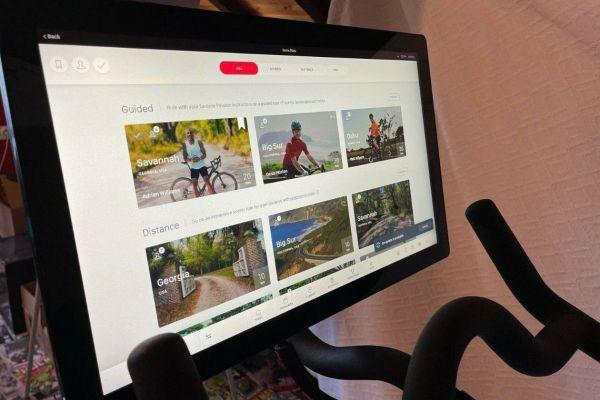 Peloton Bike + Bildschirm - sofort verfügbar