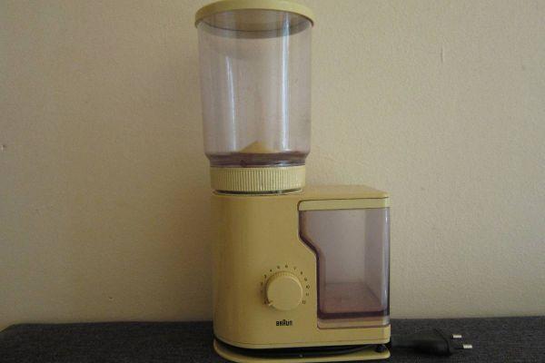 Kaffeemühle Braun Typ 4045 - aus den 70er Jahren - Vintage