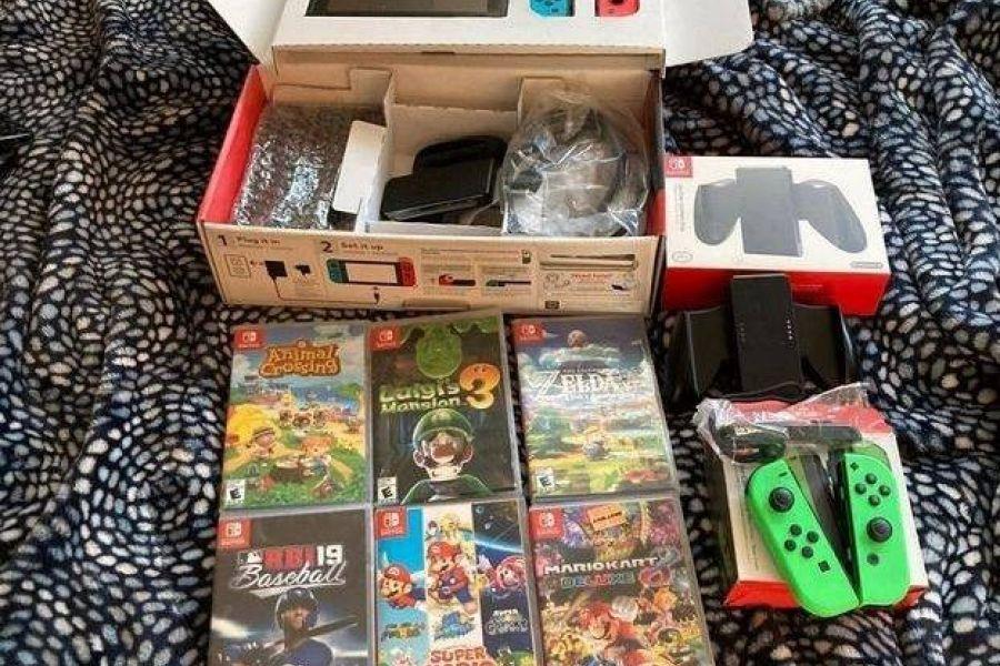Nintendo Switch Pack mit Zubehör und Spielen - Bild 1